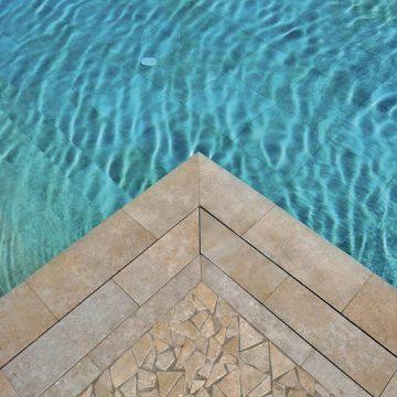 bordo-piscina-gres-porcellanato