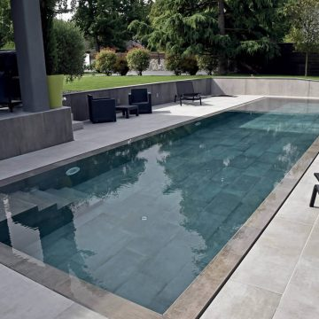pavimentazione-piscina-effetto-cemento