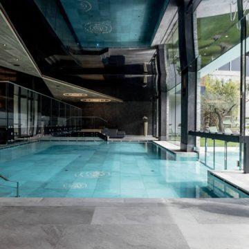 piscina-interna-effetto-pietra
