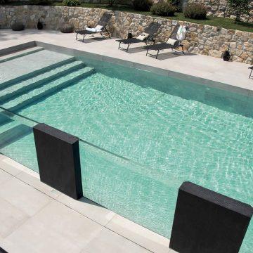 scale-piscina-esterna-effetto-cemento